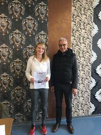 Ina Plückebaum vom Malerbetrieb Piasta